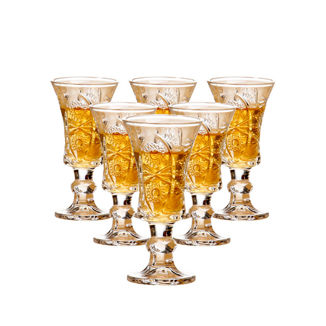 6Pcs/Set Creative Exquisite Lead-free Crystal Glass Carved White Shot Glass Toasting Wine Glasses Wedding Party Gifts Drinkware