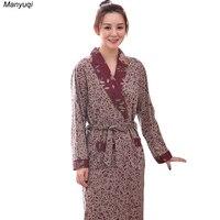 2017 New Women S Cotton Floral Bathrobe Simple Style Bath Robe Home Nightwear Medium Long Robe