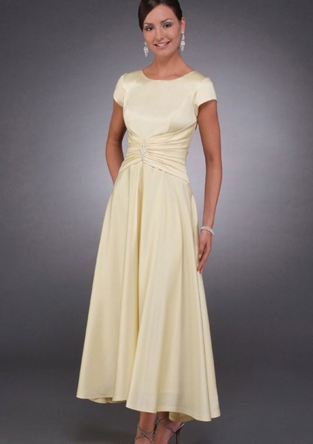 Simple Yellow Satin Tea Length Modest Mother Of The Bride Dresses Short Sleeves Brides Mothers Formal