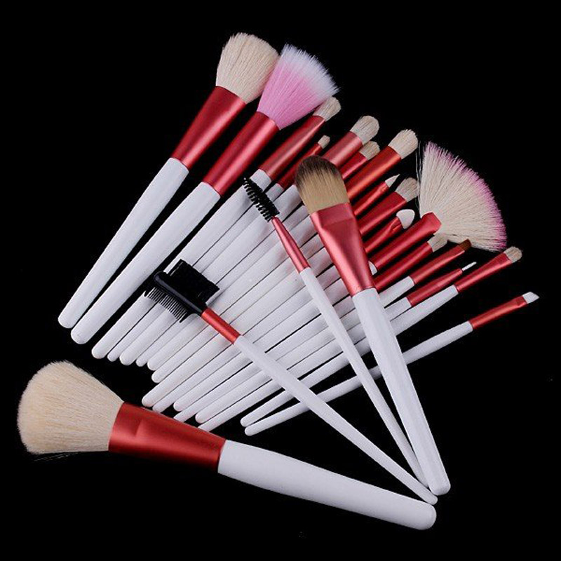 Popular Professional Brush Beautiful Makeup Brush Set Natural Animal Hair Wooden Handle Eyeliner Brush Eye Shadow Brush 20pcs
