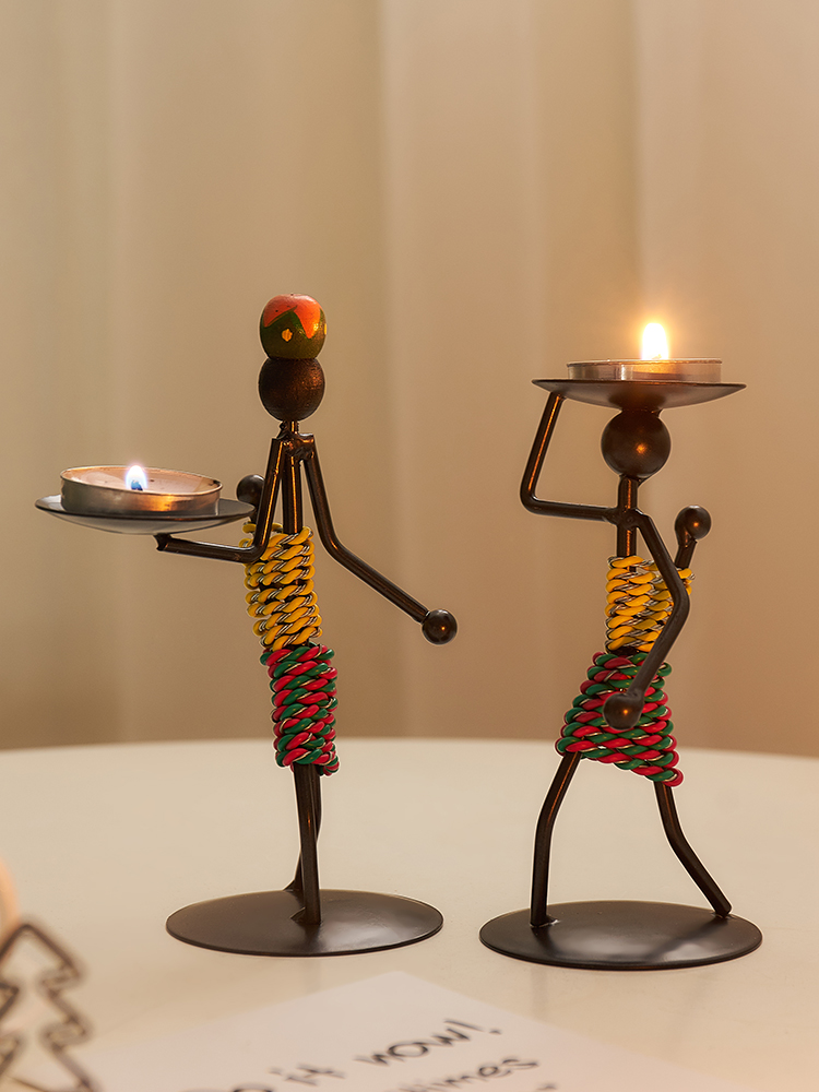 Creative Wrought Iron Figure Candlestick Fun Romantic Candlelight Dinner Holiday Party Table Small Ornaments