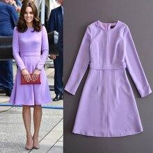 21911b761c95 2018 New Kate Middleton Principessa Viola Vestito Da autunno di lana a  maniche lunghe delle donne ha pieghettato