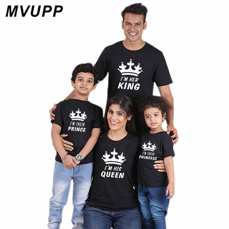 ครอบครัวดู mommy และ Me ชุดเสื้อผ้าพ่อแม่ลูกสาวแม่เด็กทารกเด็กผู้หญิงเสื้อยืด King Queen TShirt summe