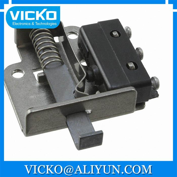 все цены на  [VK] 17AC18-T SWITCH SNAP ACTION SPDT 5A 250V SWITCH  онлайн
