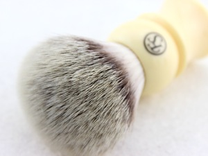 Image 3 - FS 24MM G4 Synthetic Fiber Shaving Brush Cream Color/Black Color Handle+FREE STYPTIC PENCIL+FREE SHIPPING