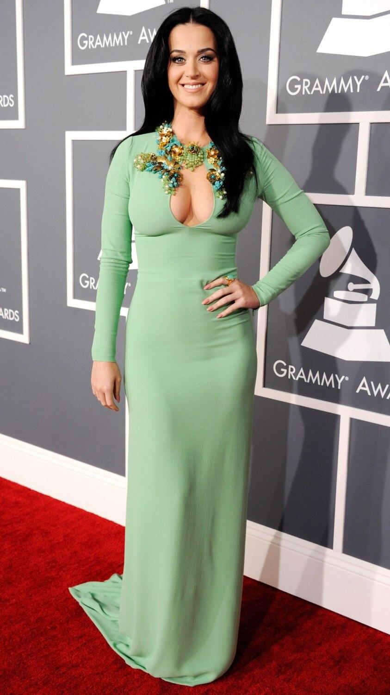 Кэти перри в зеленом платье