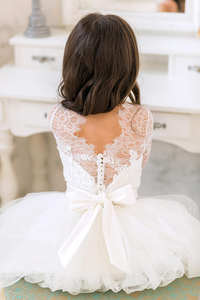 0caf5cef99 top 10 most popular wedding dress country french lace list