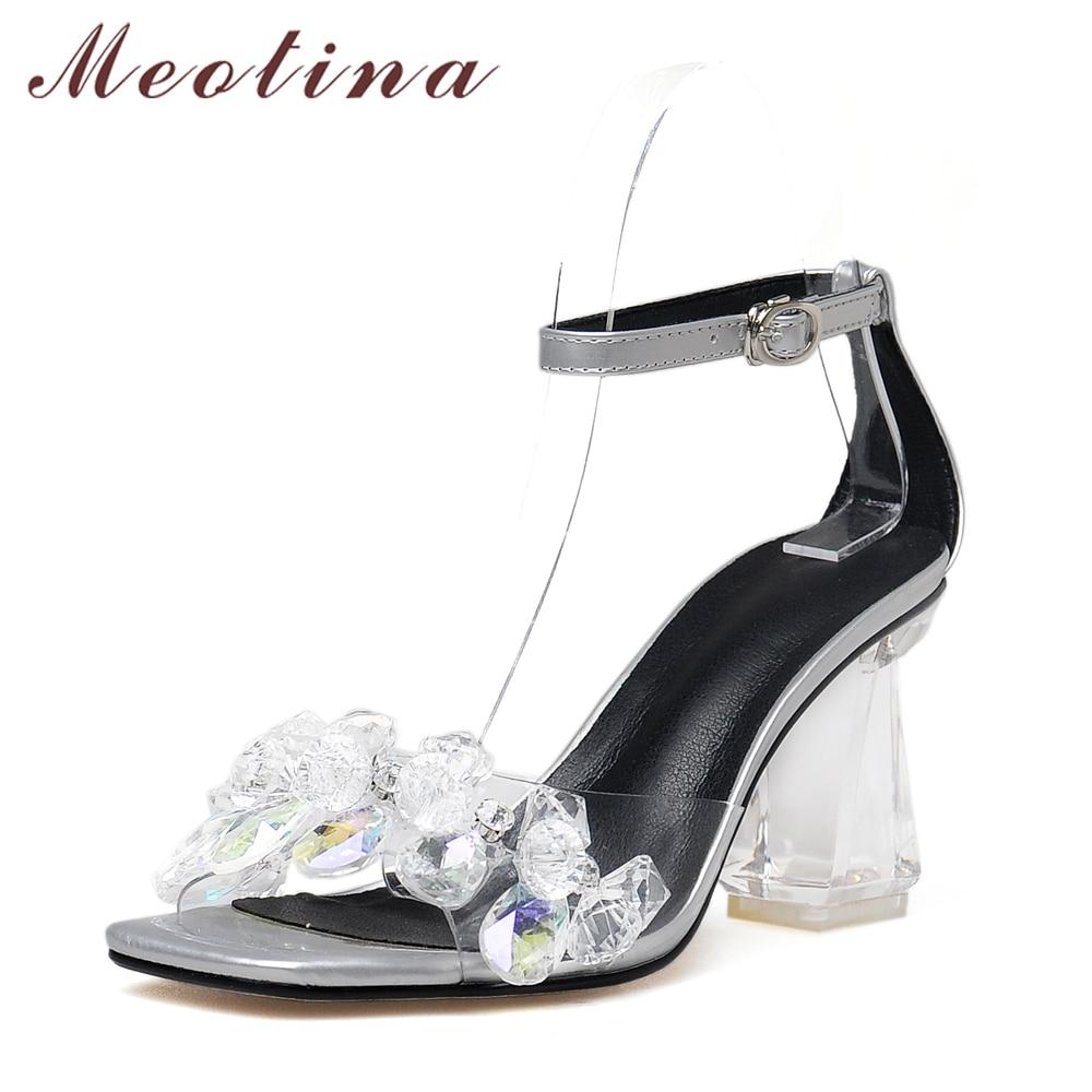 in topul tendintelor in pantofii de mireasa nonconformisti wedding sandals In