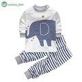 Весна младенческой мальчик одежды бренда хлопок животных слон костюм девушка новорожденный одежда костюмы пижамы спортивный костюм 2 шт. наборы