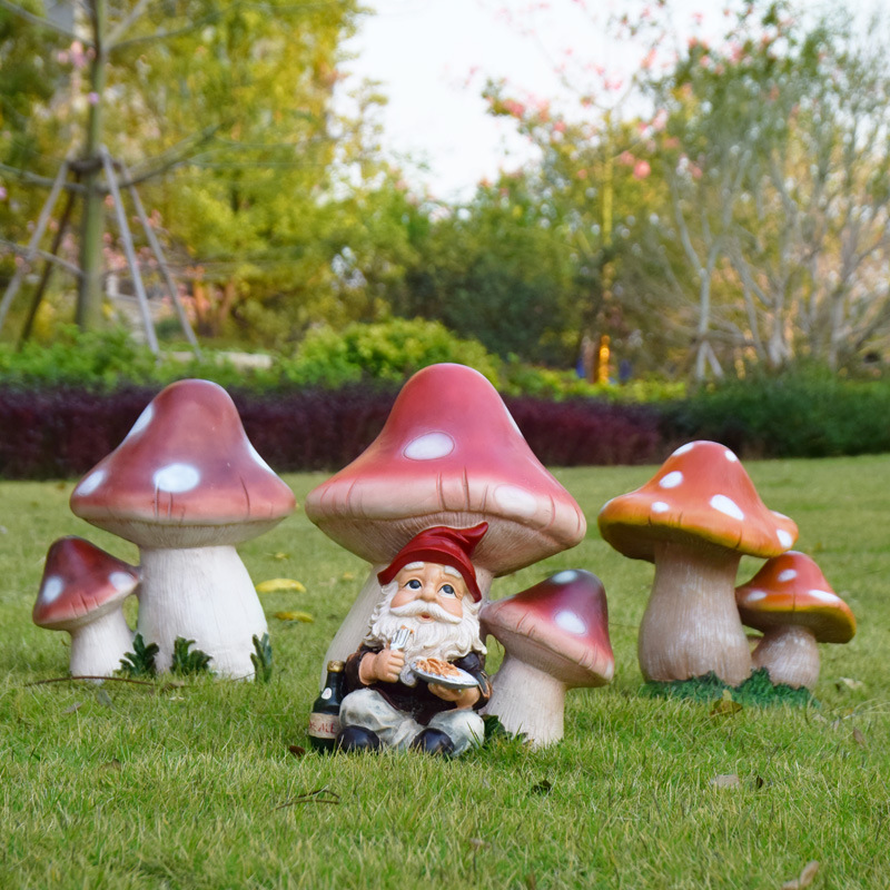Superbe Big And Small Lucky Mushroom Garden Statue Great Garden Decor For Outdoor  Gardens And Living Spaces  In Statues U0026 Sculptures From Home U0026 Garden On ...