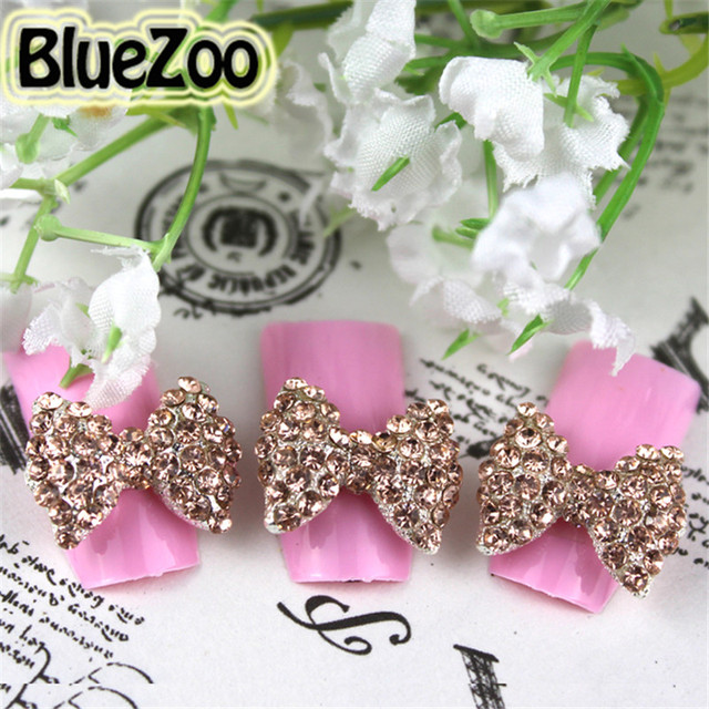BlueZoo Atacado de Alta Qualidade 100 unidades/pacote Ouro Big 3D Nail Art Liga Pedrinhas Decoração Bow Tie 15mm * 12mm