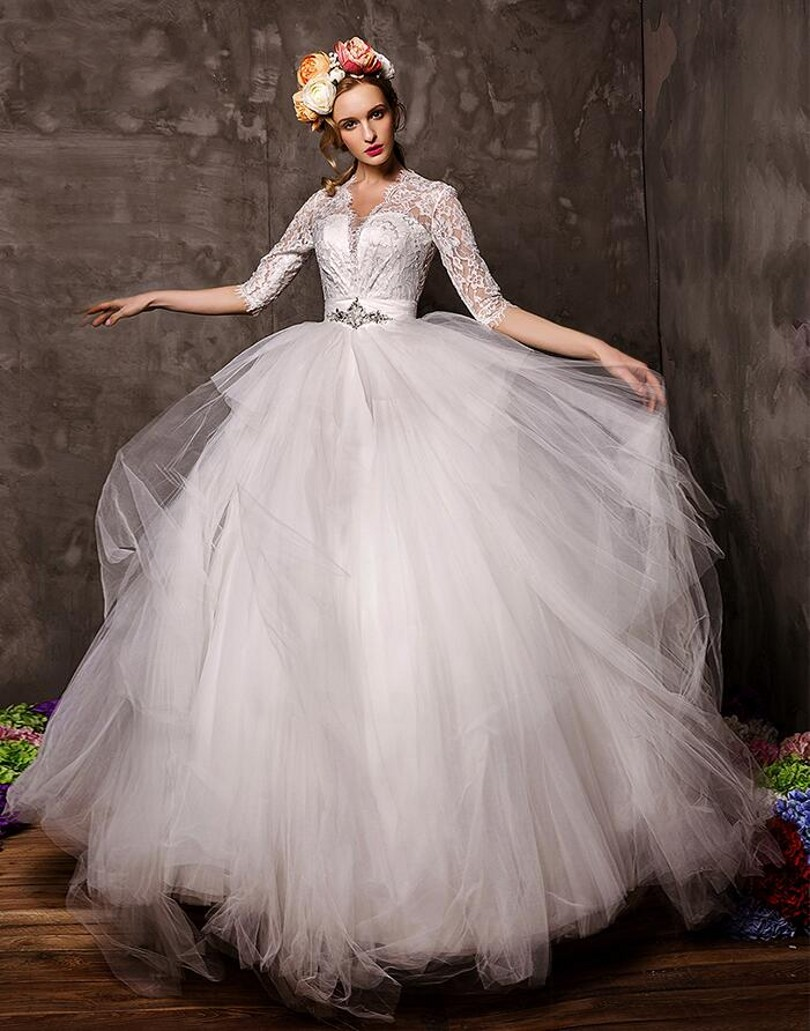 aure mario luxury lace wedding dress couture ball gowns designer bridal dresses with sleeves button back