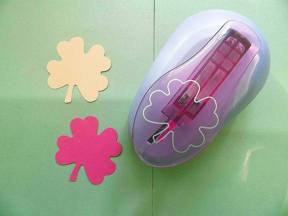 big 3(7.6cm) four clover leaf shape EVA foam punch DIY craft punch for greeting card furador Scrapbook Handmade puncher non standard die cut plastic combo cards die cut greeting card one big card with 3 mini key tag card
