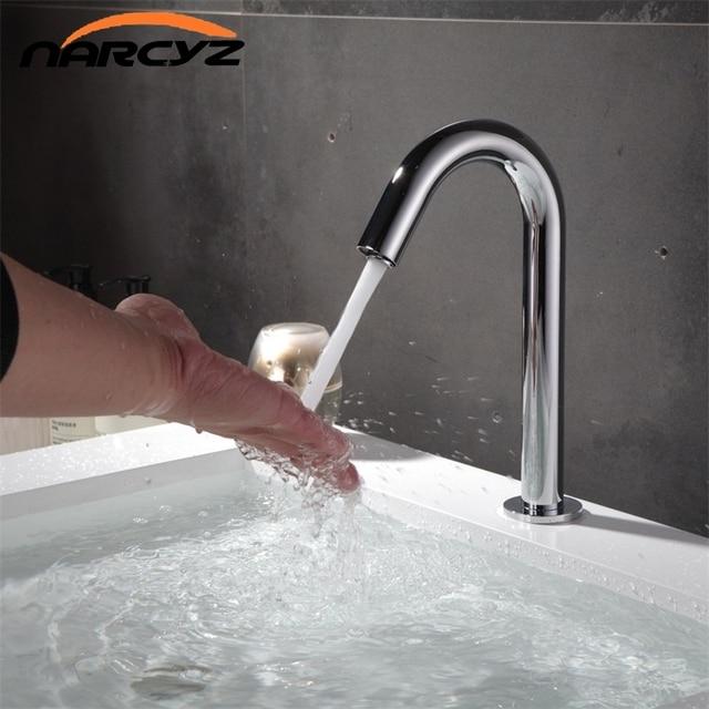 Narcyz Contemporary Basin Faucet Chrome Faucet Ceramic Plate Spool ...