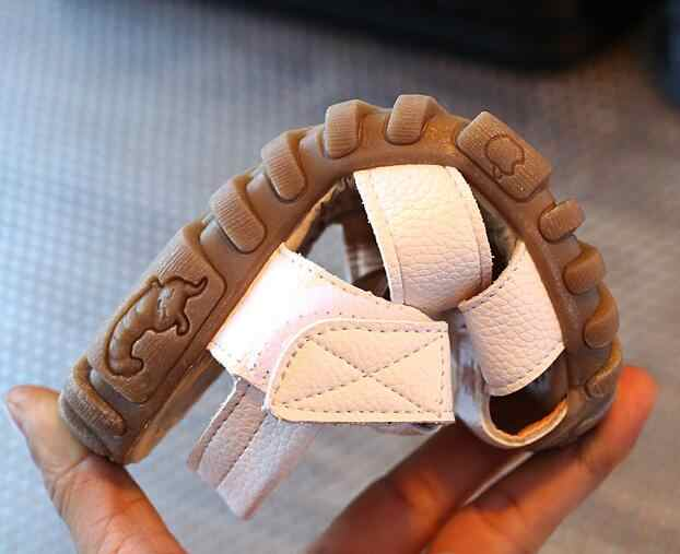 1-6 yıl çocuk sandaletleri erkek yaz ayakkabı cut-çıkışları kauçuk taban yumuşak PU deri bebek yürümeye başlayan çocuk sandalet boyutu 21-30