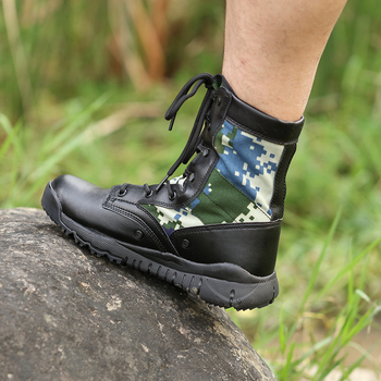 New Army Boots Men Tactical Military Super Light Climbing shoes Ultralight combat boots velvet spring hiking boots