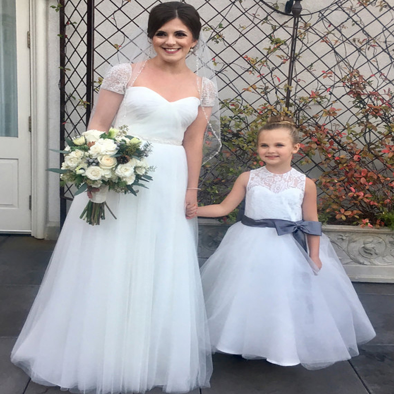 Flower Girls Dresses for Wedding Mother Daughter Dresses For Women White And Ivory Lace First Communion Dresses for Girls