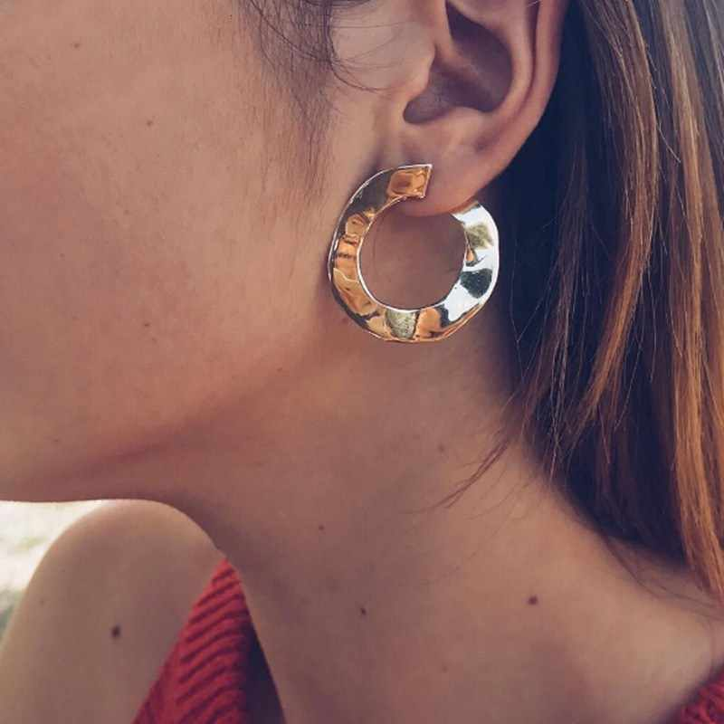 Fashion Geometric Round Stud Earrings Metal Statement Earrings for Women Ladies Party Gold Silver Jewelry Jewelry Wholesale