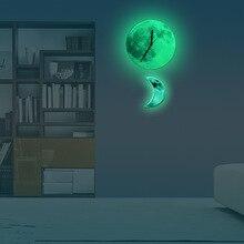 Funlife Moon swinging Pendulum Glowing Wall Clock,Romantic Glow in the Dark Home Decor,Quartz Sweep Silence for Bedroom,30cm12′
