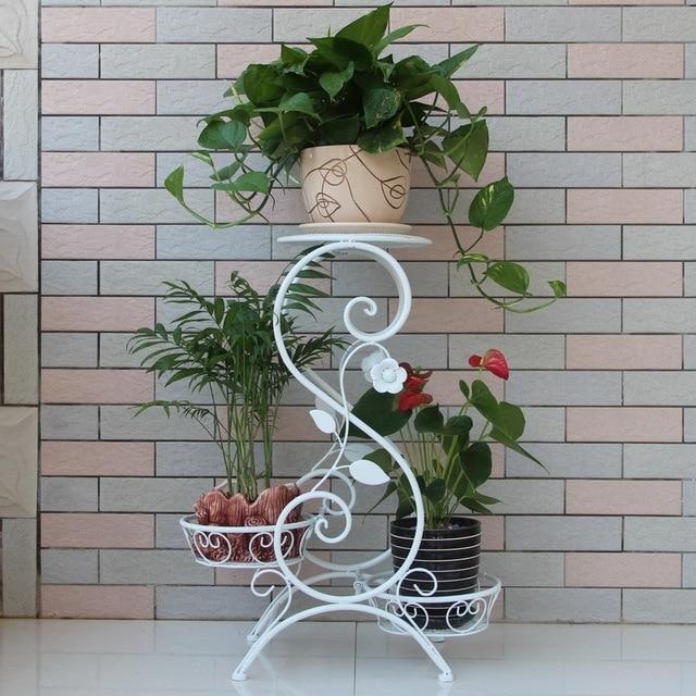 35+ Inspirasi Terpopuler Rak Bunga Besi Tempa