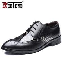 REETENE grande taille mode PU cuir hommes chaussures habillées bout pointu Bullock Oxfords chaussures pour hommes chaussures à lacets Designer luxe hommes(China)