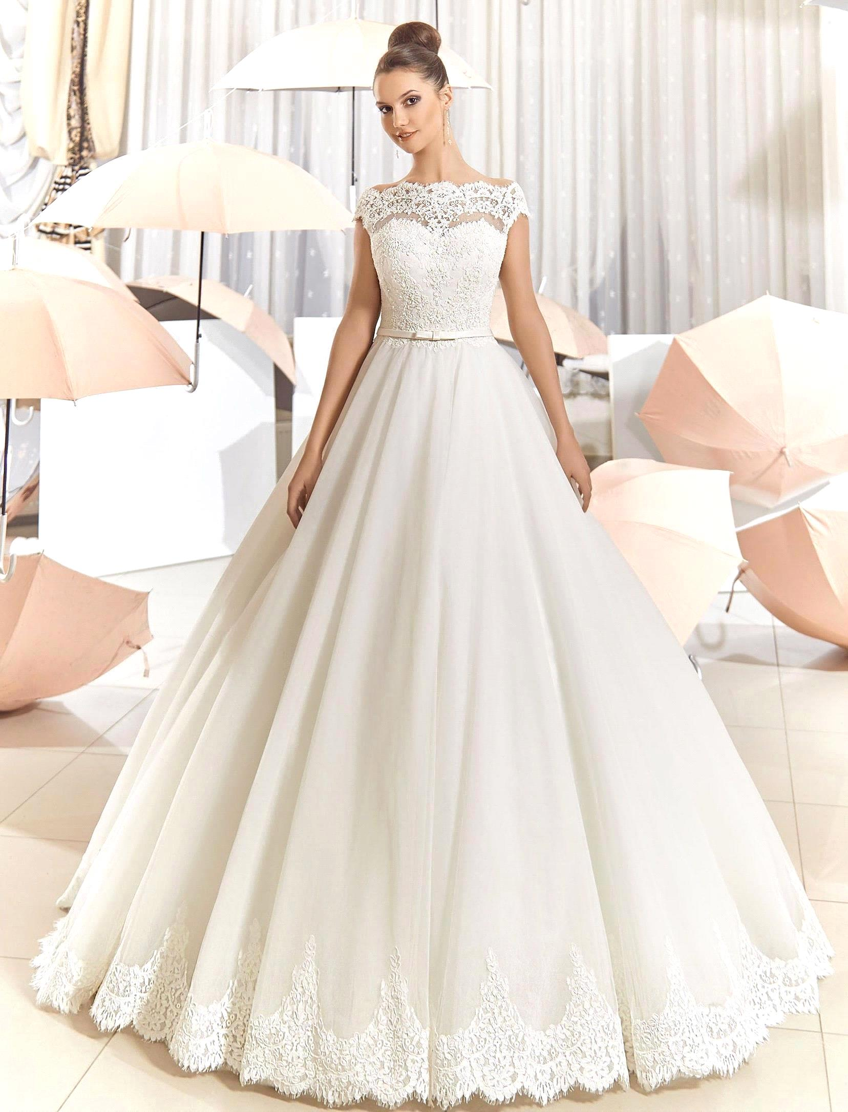 wedding gowns You ve Got to See Romona Keveza s Stunning Fall Wedding Gown Collection