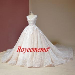 Image 2 - Vestido דה Noiva שווי שרוול כדור שמלת וינטג Robe De Mariage מיוחד תחרה עיצוב מבריק לוקסוס חתונה שמלת מפעל