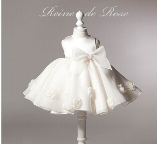 15e996d62eaa4 2016 White lace Bow christening gown newborn baby girls wedding vestido  baptism batizado robe 1 year birthday dresses-in Dresses from Mother & Kids