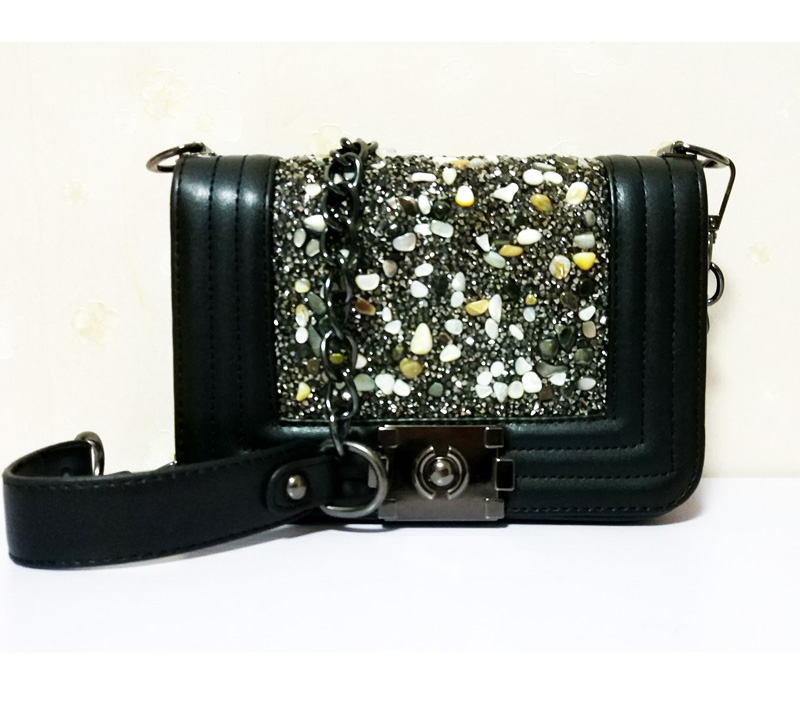 21d4072f6ca80 Aliexpress.com   Buy Diamond Lattice Luxury Handbags Women Bags Designer  Lady Quilted Plaid Shoulder Crossbody Bags Leather Women Messenger Bag from  ...