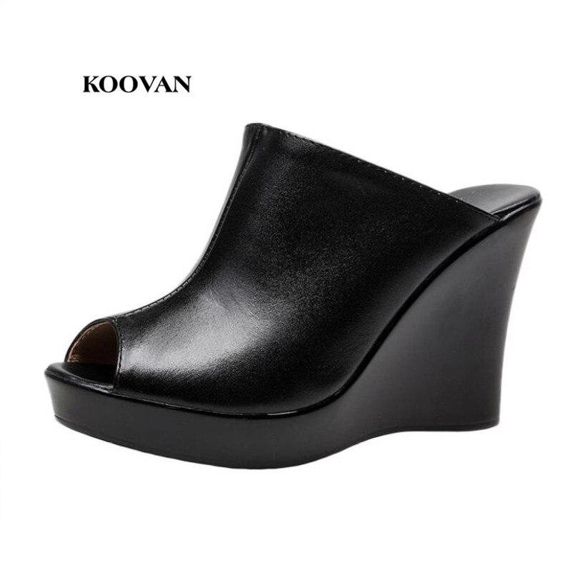 03efb34b3 Koovan الصنادل أسافين النساء الصنادل 2017 أزياء المرأة جلدية مع حذاء المرأة  منصة عالية الكعب أحذية رئيس الأسماك السوداء 33-41