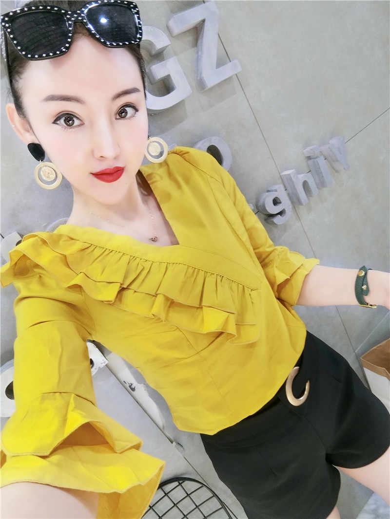 夏の女性シャツ半袖女性フレア袖フリルシャツ女性の格子縞のブラウスフリルトップス
