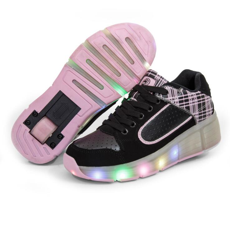 New Wheely's Children Roller Shoes Boy & Girl Automatic LED Lighted Flashing Roller Skates Kids Fashion Sneakers With Wheel HOT