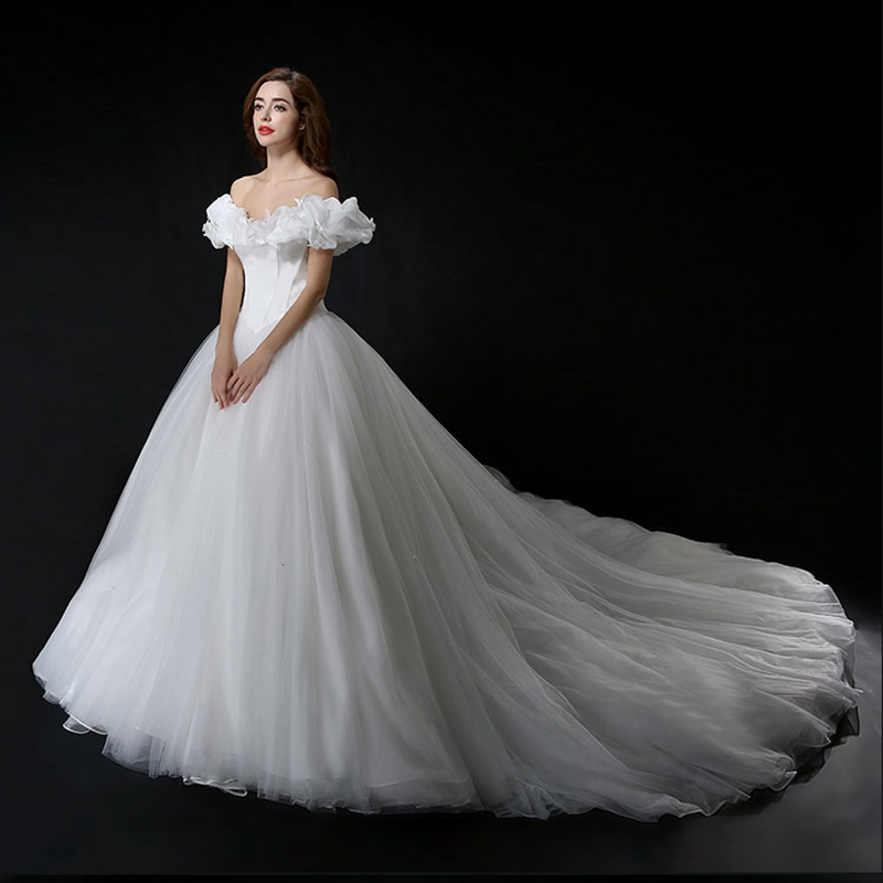 Romantic White Ball Gown Wedding Dress 2016 Tulle Butterflies Puffed ...