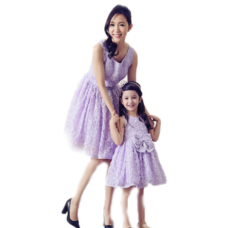 Family Matching Outfits 2016 Brand Matching Mother Daughter Clothes Lace Solid Mother And Daughter Dresses Rose Bow Skirt Dress summer style family matching outfits mother daughter dresses contrast color blue a line dress ankle length mother & kids clothes