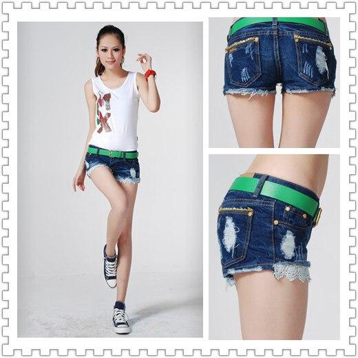 f5229172c7 2013 New Fashion Jeans Shorts Lace Hem Patchwork Frayed Ripped Denim Shorts  Free Shipping 3041101 en Pantalones vaqueros de La ropa de las mujeres en  ...