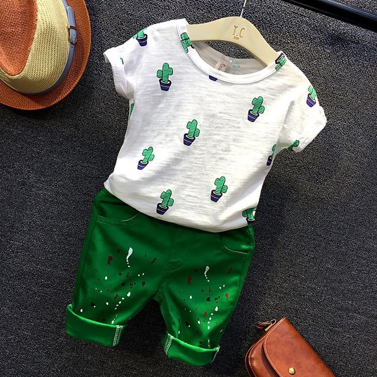 Комплект повседневной одежды для маленьких мальчиков, белая футболка с принтом кактуса и шорты зеленого цвета, комплект из 2 предметов, Детс...