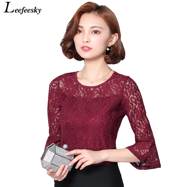 Autumn New 2016 Lace Tops Women Flare Sleeve O-neck Floral Lace Blouse Plus Size Women Clothing Blusas Femininas Com Renda