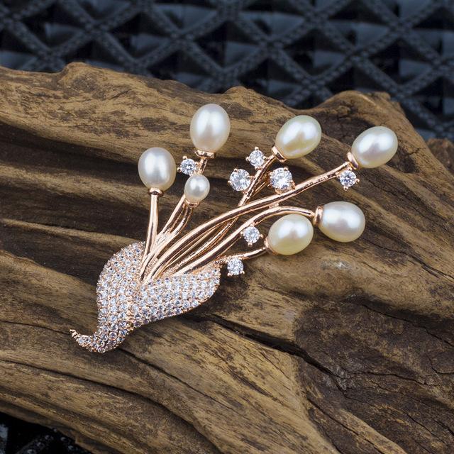 Luxo colar de água doce pérola strass flor broches para mulheres de alta qualidade