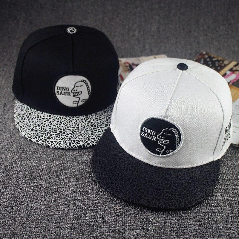 2016 New Mens Womens Euramerican Dinosaur Snapback Hats Black White Casual  Hip Hop Cap Skateboard Baseball Caps For Men Women 3f676c83921
