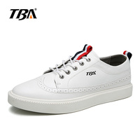 2017 TBA Men sneakers sport shoes lace up breathable light walking shoes black or white Skate shoes for men T6873