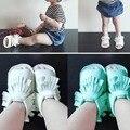 Nuevo Cuero Suave de LA PU Fringe Newborn Baby Girl Boy Crib primeros Caminante de Suela Blanda Bebé Del Verano occasins Moccs Zapatos 0-18 meses