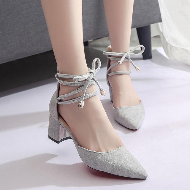 Primavera nuovo stile Europeo e Americano selvatici tacchi alti pizzo scarpe da donna casuali versione Coreana della cinghia luce studenti comf