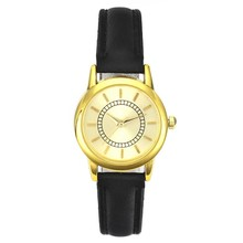 New Vogue Ladies Golden Beautiful Easy Informal Small Hand Wrist Leather-based Analog Watch