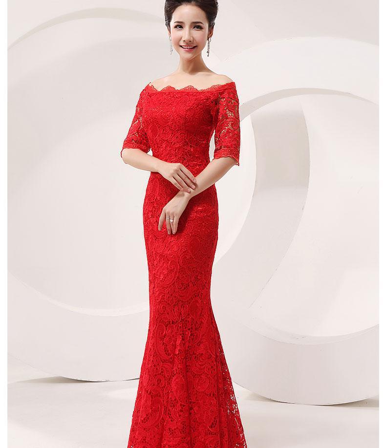 Картина с красным платьем