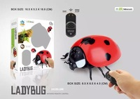 Gags Practical Toy Electronic remote Control Fake Snake Toys creeping and spoofing scary Electric Cobra RC toys Ladybug