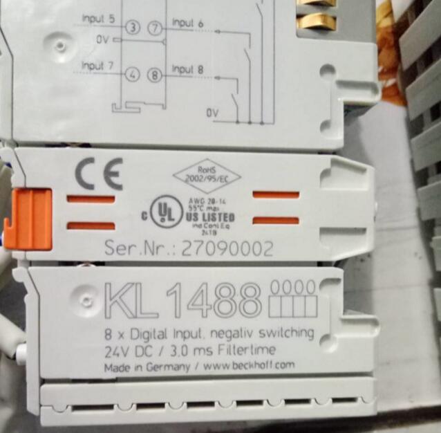 PLC KL1488, usato uno, 90% aspetto nuovo, 3 mesi di garanzia, velocemente il trasportoPLC KL1488, usato uno, 90% aspetto nuovo, 3 mesi di garanzia, velocemente il trasporto
