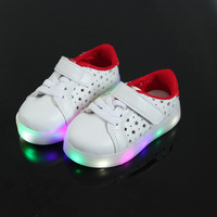 Wholesale 5 Pairs 2017 New Hollow Five Pointed Star Casual Shoes Shoes White Students LED Lights