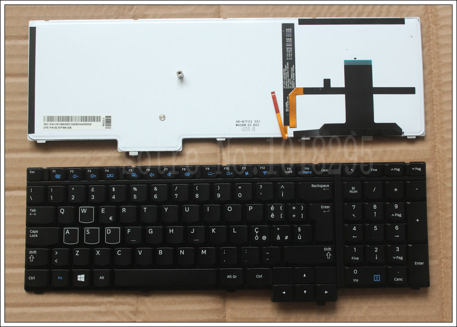 NEW Italy laptop keyboard for For Samsung NP700G7A NP700G7C 700G7A Black with blacklight