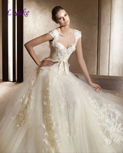 Elegant Tulle Sweetheart A-Line Court Train Wedding Dress With 3D Flowers Appliques Backless Natural Waistline Bride Dresses