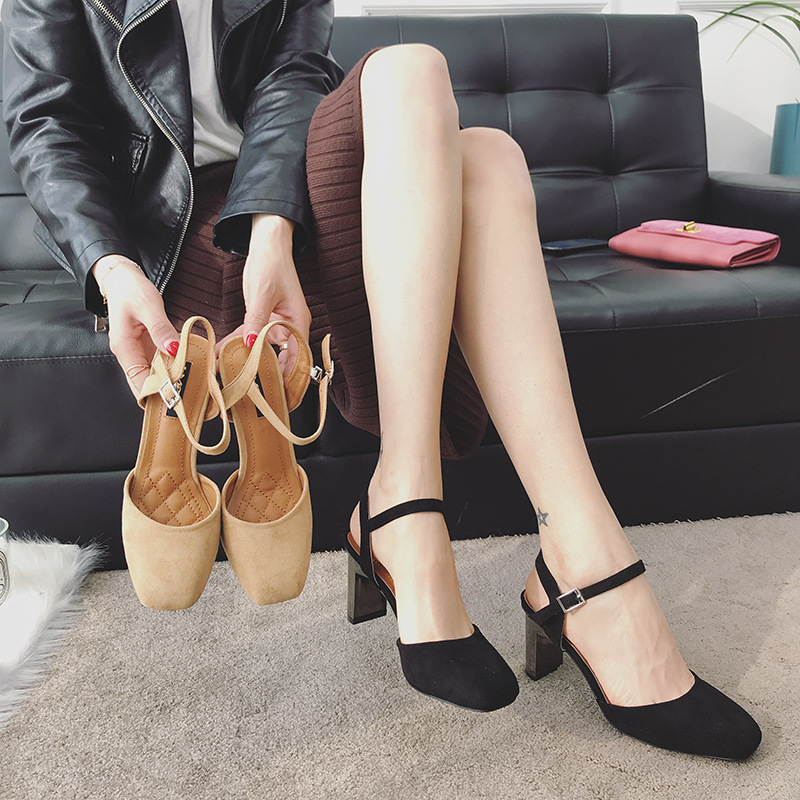 2018 autumn new fashion simple thick with solid color high heels women retro wild thick with buckle buckle casual shoes. 1